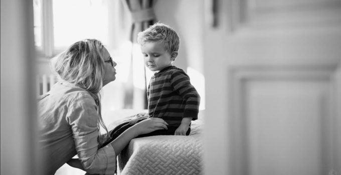 Ajari Anak Anda untuk Melakukan Social Distancing